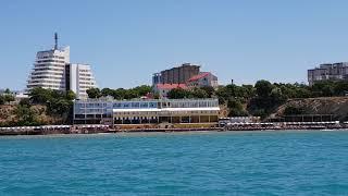 Анапа. На корабле вид на - Платный Пляж!!! Входим В Порт. Маяк.