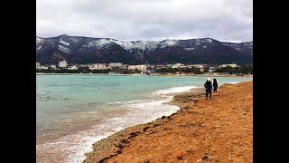 Геленджик. Погода 7 января 2019 г. Снег, горы и море...
