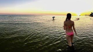 Пляж Анапы. Лето пришло. Купаемся в закате.