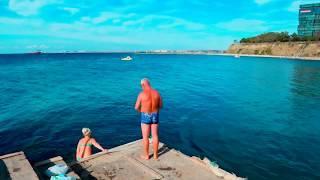 Анапа  в октябре .Волны,галечный пляж,чайки.Всё о странах путешествие. Куда поехать.
