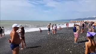 Пляж Ривьера!  Купание в шторм запрещено!!!